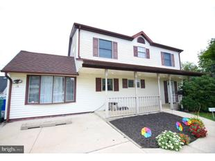 See Renovated Levittown Home With In-Law Suite At Open House