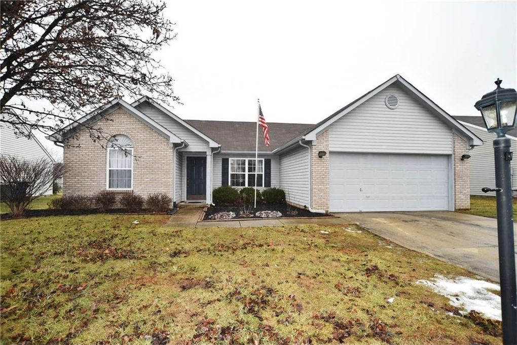 19541 Amber Way, Noblesville, IN 46060