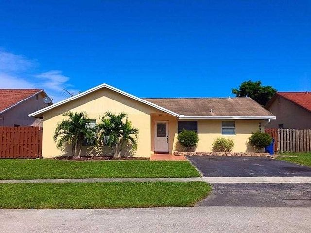 4952 nw 92nd ave sunrise fl 33351 home for sale and