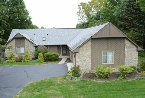 14393 Oak Ridge Rd, Carmel, IN 46032