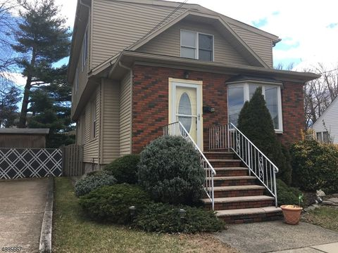 Photo of 44 Rose St, East Rutherford, NJ 07073