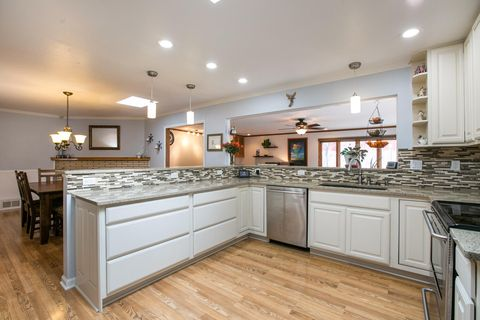 Photo of 9912 Arvilla Ave Ne, Albuquerque, NM 87111