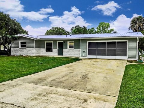 Photo of 1731 Nw 20th Ave, Crystal River, FL 34428