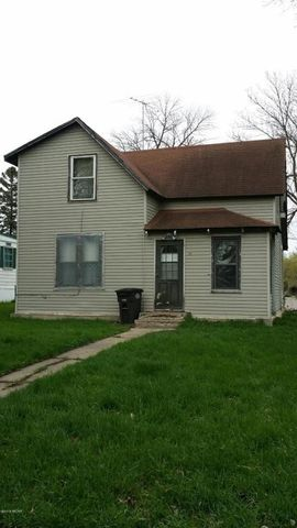 221 Nw 2nd St, Pennock, MN 56279