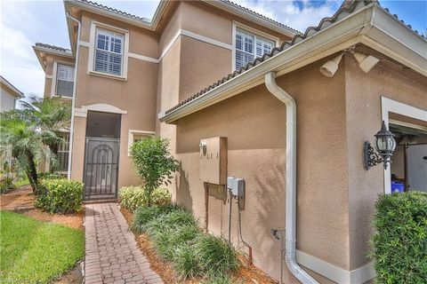Photo of 10331 Carolina Willow Dr, Fort Myers, FL 33913