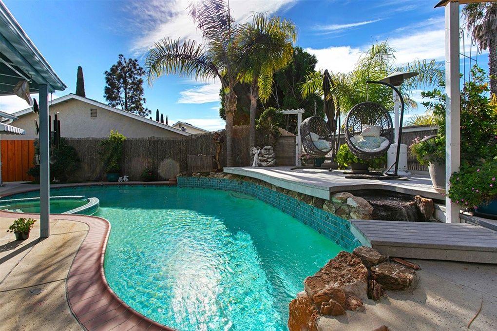 15180 Amalia St San Diego, CA 92129