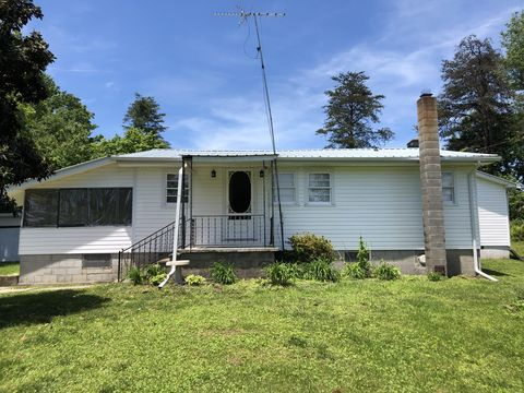 Photo of 159 Short Ln, Pikeville, TN 37367