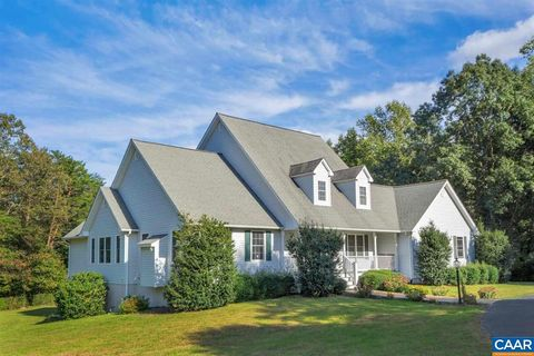 390 Old Rectory Ln, Fork Union, VA 23055