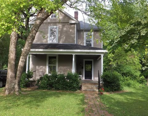 Photo of 360 N First St, Danville, KY 40422