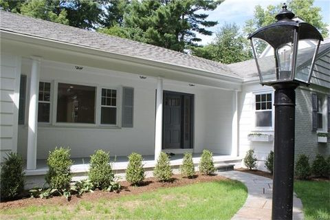 140 Park Ave, Greenwich, CT 06830