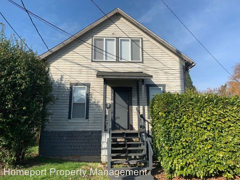 Photo of 216 Nw 17th St, Corvallis, OR 97330