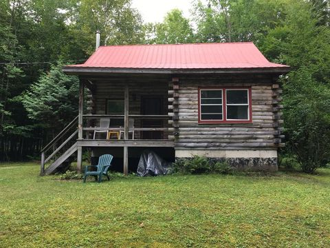 112 Steinfeldt Rd, Long Lake, NY 12847