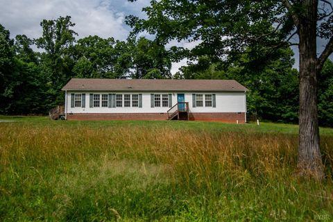 Photo of 133 Higginbotham Creek Rd, Amherst, VA 24521