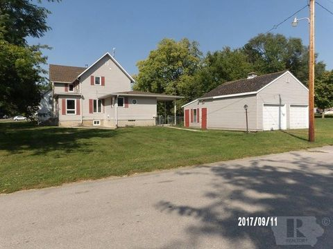 323 S Wisconsin, Hubbard, IA 50122