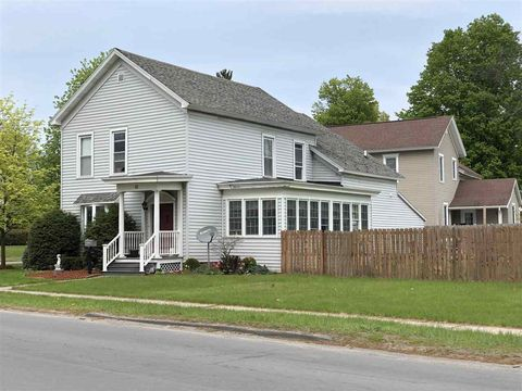 Photo of 42 Rock Island St, Gouverneur, NY 13642