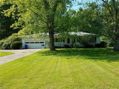 Photo of 4522 Tallmadge Rd, Rootstown, OH 44272
