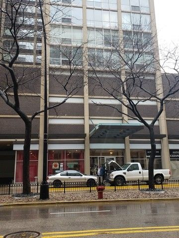 Photo of 3110 N Sheridan Rd Apt 1207, Chicago, IL 60657