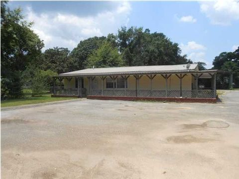 8906 Irvington Bayou La Batre Hwy, Irvington, AL 36544