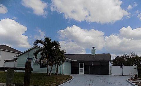 2151 Se Wald St, Port Saint Lucie, FL 34984
