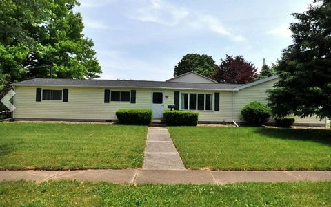 455 Lawrence St, Bellevue, OH 44811