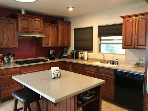 156 Weott Heights Rd, Weott, CA 95571