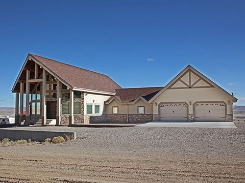 Photo of 24 Cattle Dr, Rock Springs, WY 82901
