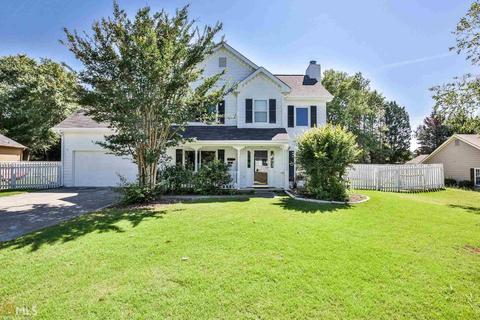 558 Ashton Manor Dr, Loganville, GA 30052