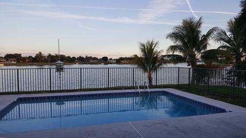 1160 Lake Breeze Dr, Wellington, FL 33414