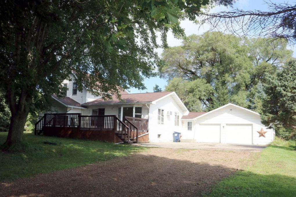 2475 40th St W, Webster, MN 55088