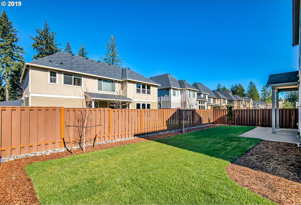 15315 Se Lewis St, Happy Valley, OR 97086