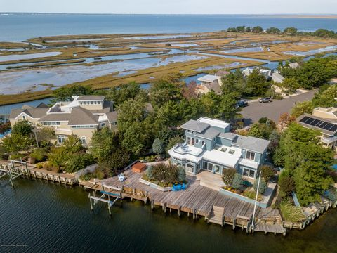 Admirable Waterfront Homes For Sale In Surf City Nj Realtor Com Download Free Architecture Designs Scobabritishbridgeorg
