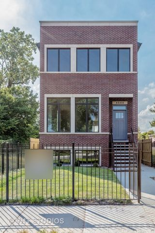 Photo of 4544 S Evans Ave, Chicago, IL 60653