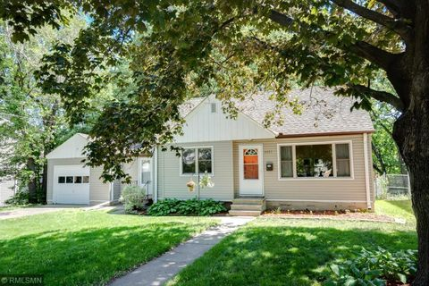 Photo of 4455 38th Ave N, Robbinsdale, MN 55422