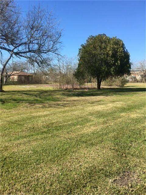 2020 Highway 3 Dickinson, TX 77539