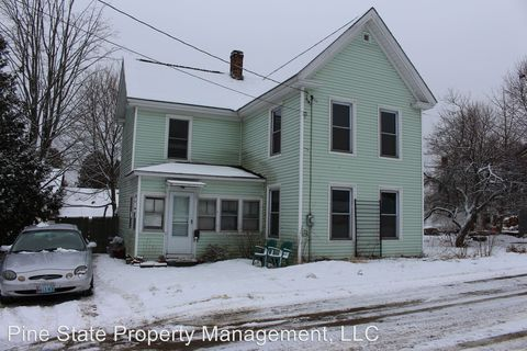 Photo of 3 School St, Orono, ME 04473