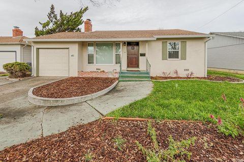 1440 Empire St, Fairfield, CA 94533