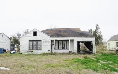 Victoria County, TX Foreclosures and Foreclosed Homes for Sale