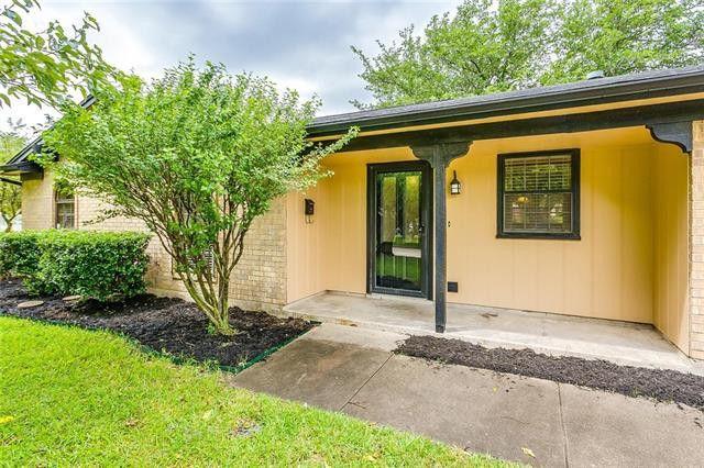 236 Se Gardens Blvd, Burleson, TX 76028