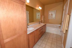 8631 S Deerwood Ln, Franklin, WI 53132 - Bathroom
