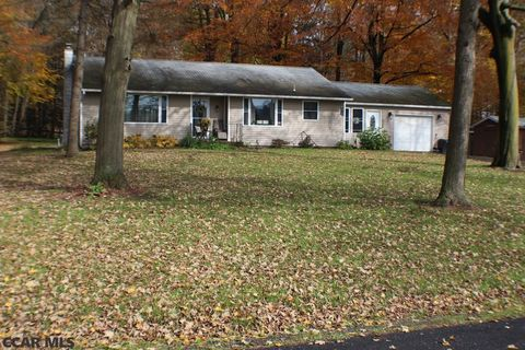 249 Geary Rd, Centre Hall, PA 16828