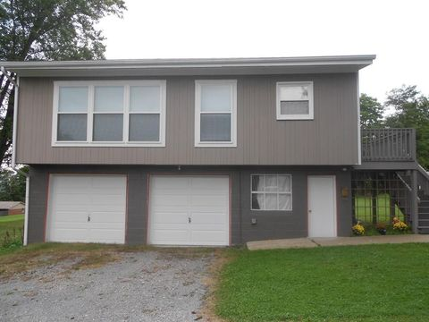 Photo of 82 1/2 N 3rd Ave, Clarion, PA 16214