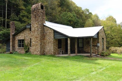 Photo of 674 Owl Hollow Rd, Shady Valley, TN 37688