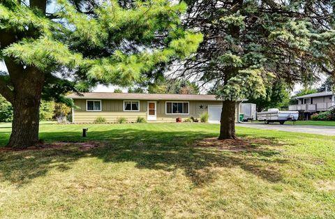 46 W630 Elm St, Kaneville, IL 60144