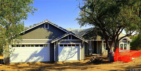 2022 Kleck Rd, Paso Robles, CA 93446