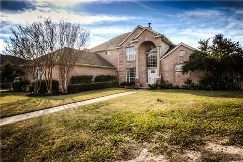 Photo of 148 Bluff View Dr, Aledo, TX 76008