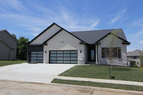 Photo of 11327 N Sycamore Creek Dr, Dunlap, IL 61525