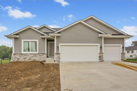 Super Easter Lake Area Des Moines Ia New Homes For Sale Complete Home Design Collection Epsylindsey Bellcom