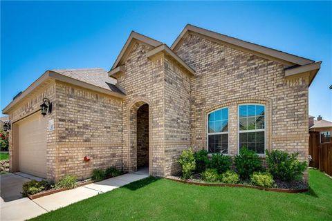 Photo of 11317 Denet Creek Ln, Fort Worth, TX 76108