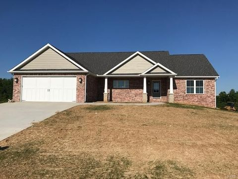2944 Clear Spring Pl, Jackson, MO 63755