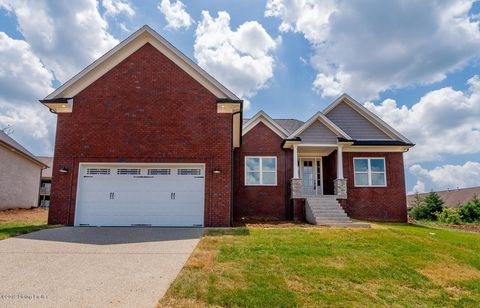 Photo of 310 Grand Oak Blvd, Shepherdsville, KY 40165